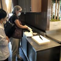 台灣宜蘭礁溪老爺酒店疑食物中毒案 不適者增至121人