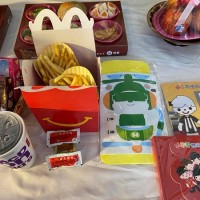 Taiwan McDonald's prepares young girl's favorite food for her funeral