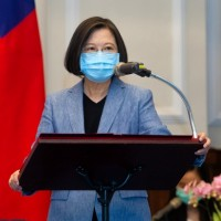 President fires back at Chinese netizens over Taiwan's sovereignty