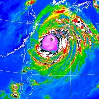 Northern Taiwan to get lashed by Typhoon Maysak's tail