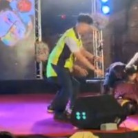 Taiwan folk singer suddenly collapses and dies on stage