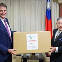 台灣捐贈澳洲50萬醫療口罩 澳洲駐台代表處致謝