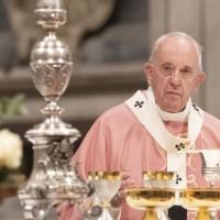 Vatican wants to open office in Beijing despite ties with Taiwan: Jesuit magazine