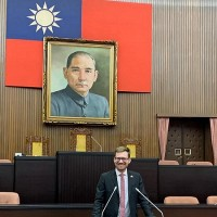 Swedish lawmaker motions to formalize office in Taiwan