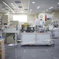 【更新】台灣口罩國家隊成員「淨新科技」涉嫌私設22條生產線 高雄市衛生局重罰200萬元