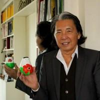 快訊!日本時尚大師Kenzo創辦人不敵武漢肺炎 病逝法國享壽81歲 紀念展首次巡迴台灣