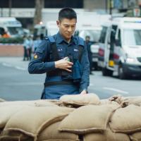 燒腦!劉德華、劉青雲領銜香港動作片《拆彈專家2》 核彈爆破12月24日台灣震撼登場