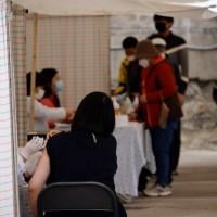【更新】南韓傳至少17人施打流感疫苗後死亡 陳時中:台灣使用疫苗不同