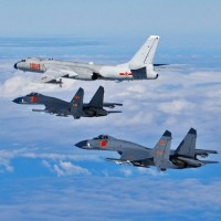 China threatens to send warplanes over Taiwan if USAF flies over country