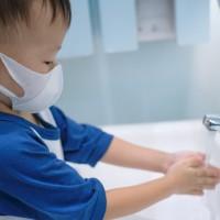 嬰幼兒急性腹瀉人次增近5成 疾管署:台灣進入腸胃炎好發季節