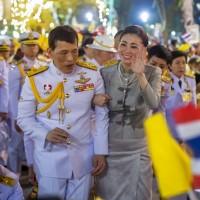 泰國示威聲勢不墜 泰王急了 喊話「愛民如昔」