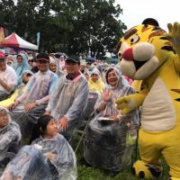 台灣紙風車劇團《武松打虎》花蓮上演 雨勢澆不熄破千觀眾熱情