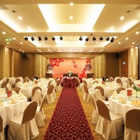Taiwan's financial companies cancel year-end banquets over COVID-19 concerns