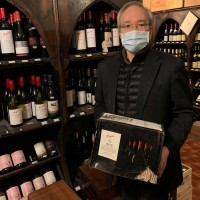 Taiwan ambassador buys wine in solidarity with Australia