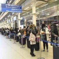 歐洲急封鎖邊界 英國衛生大臣:變種新冠病毒已失控