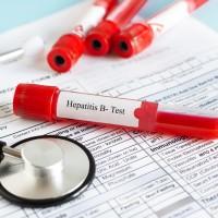 「肝」心為你 設籍北市45至64歲民眾 即日起接受B、C肝炎篩檢 可獲得百元禮券