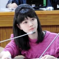 台灣豬標章、貼紙發放過程惹議 高嘉瑜批農委會縱容業者