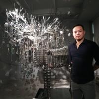 台灣藝術家林家慶施華洛世奇公鹿向宇宙華麗喊話 琥珀藏家造變形金剛探時間奧秘