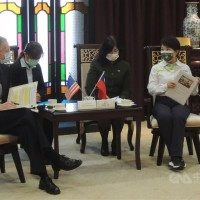 Mayor of central Taiwan city absent from AIT video after criticism of US pork
