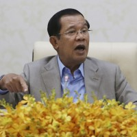 Hun Sen stays loyal to China over coronavirus epidemic