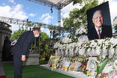 美國衛生部長赴台北賓館追悼李登輝 訪團今日返美
