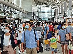 【台灣高雄市長補選】周六上午高鐵再見返鄉投票人潮
