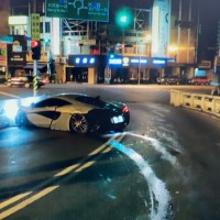 US student crashes McLaren sports car into Taiwan bridge