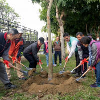 國立台灣美術館「一棵樹、二世情」植樹樂活 埋永續美麗生存空間希望種子