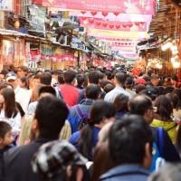 No free food sampling at Taipei Lunar New Year Market amid COVID-19