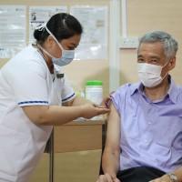 李顯龍接種武漢肺炎疫苗 稱新加坡人人都可接種