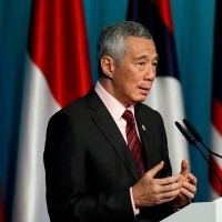Singapore PM receives first dose of COVID-19 vaccine