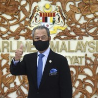 Malaysia to roll out additional $3.7 billion stimulus measures