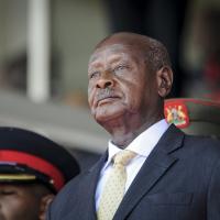 《經濟學人》:政府做莊網路假消息佔上風 非洲烏干達「萬年總統」六度連任