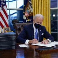 上任首日立斬川普政策 美國總統拜登簽署15項行政命令