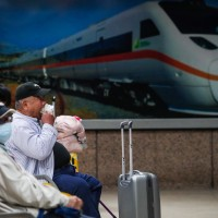 Taiwan to ban eating, drinking on trains amid COVID outbreak