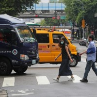 Taiwan targets drivers who fail to yield to pedestrians