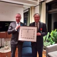台灣導演李安獲頒法國國家榮譽軍團騎士勳章