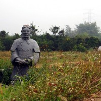 Farmer in central Taiwan uses terracotta warrior to scare away thieves
