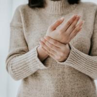 別輕忽關節炎 醫:若未積極處理 嚴重恐引發心、肺臟等併發症