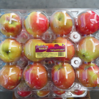 Taiwan finds pesticide in 800 boxes of apples from US