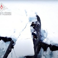 俄國北極演習炫軍力 3艘核動力潛艇同時破冰而出
