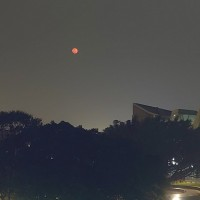 Meteorologist accounts for 'blood moon' in Taipei sky