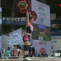 Taiwan's 'Goddess of Weightlifting' sets 2 world records, earns Olympic spot
