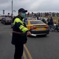 台灣南投合歡山遊覽車追撞事故18人輕傷 已恢復單向通車