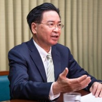 Taiwan foreign minister tells Australian media about China threat