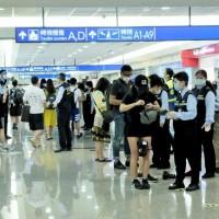 台灣指揮中心:5月4日凌晨起•14天內有印度旅遊史之外籍旅客暫停入境 外交部:尚無自印度撤僑必要
