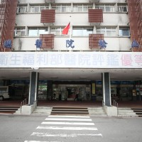 Taiwan hospital employee infected with COVID during temple visit