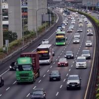 國道客運業者率先推實聯制 交通部:台灣公共運輸系統近日將實施