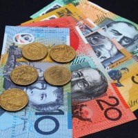 Australia central bank holds rates as economy charges ahead