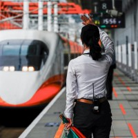 Ticket refunds surge for Taiwan railway services amid no-movement warning